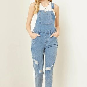 FOREVER 21 | Light wash Jean overalls size 27